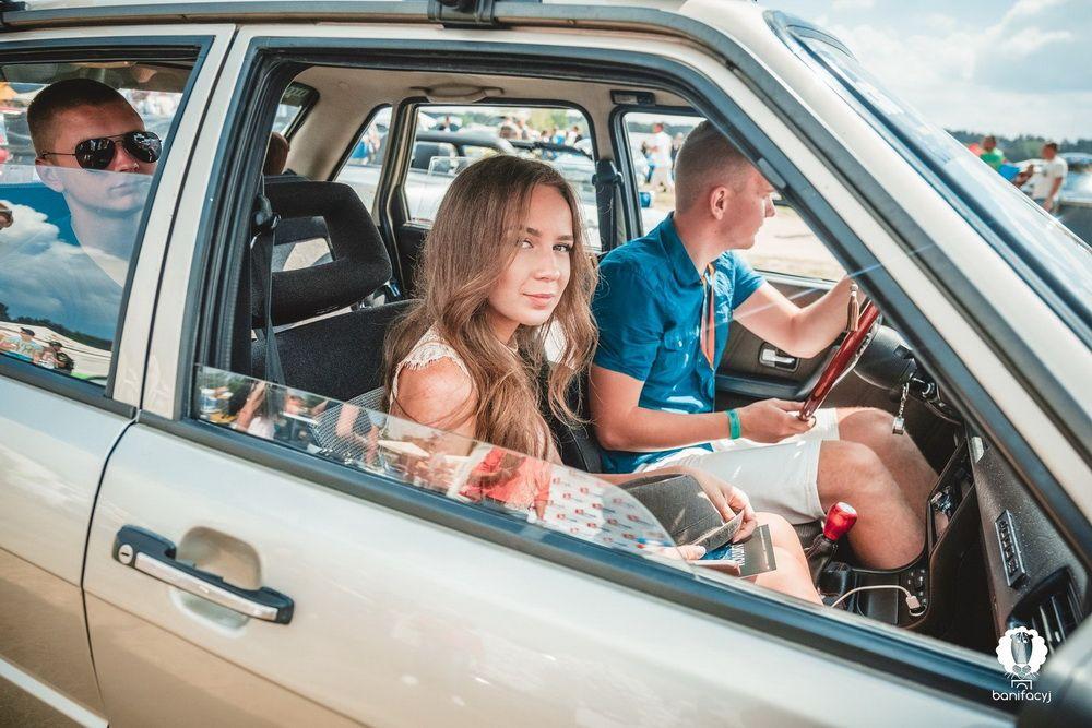 Фотоподборка: Девушки гродненского фестиваля SunDay-2018