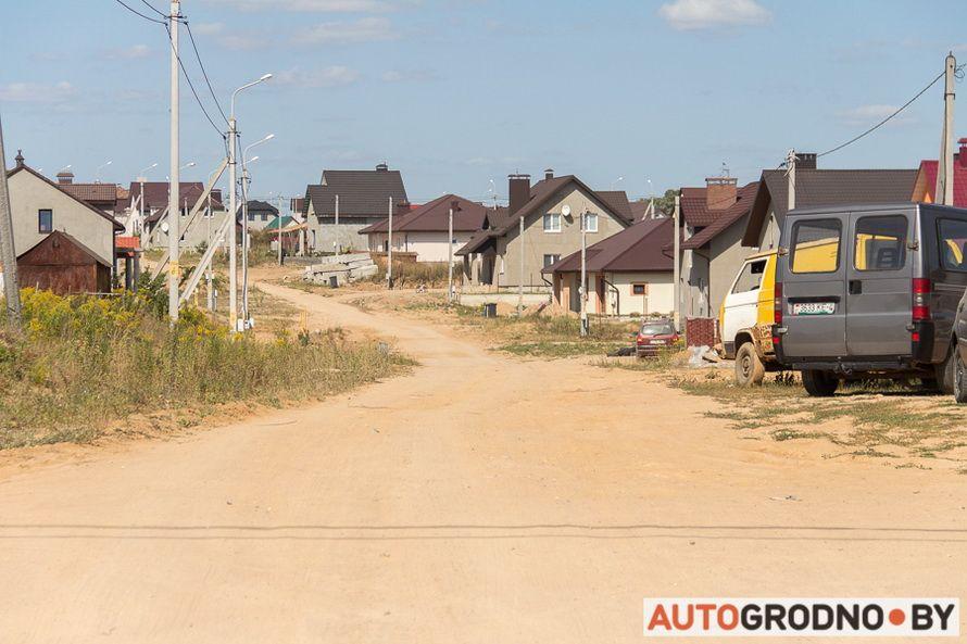 Жители коттеджей сами построили себе дорогу