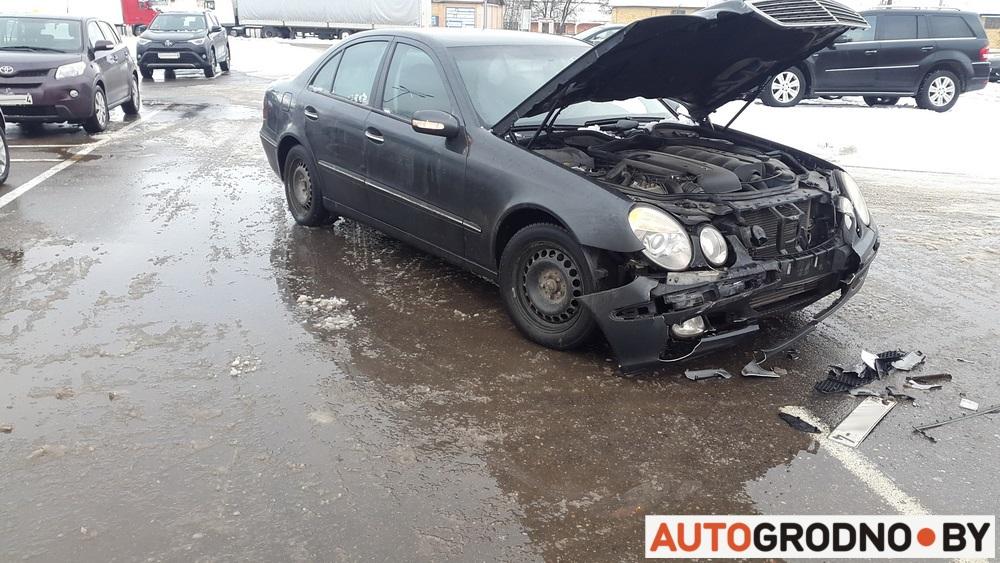 авария на парковке торгового центра, кто виноват, а кто прав? Гродно