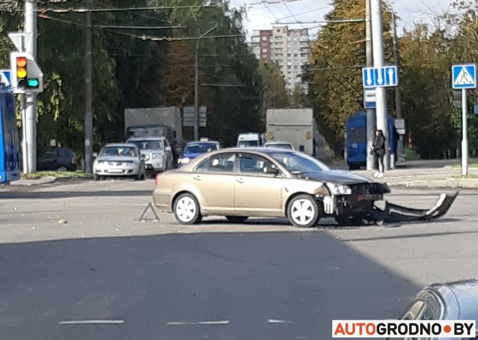 Авария на Горького 01 октября 2019