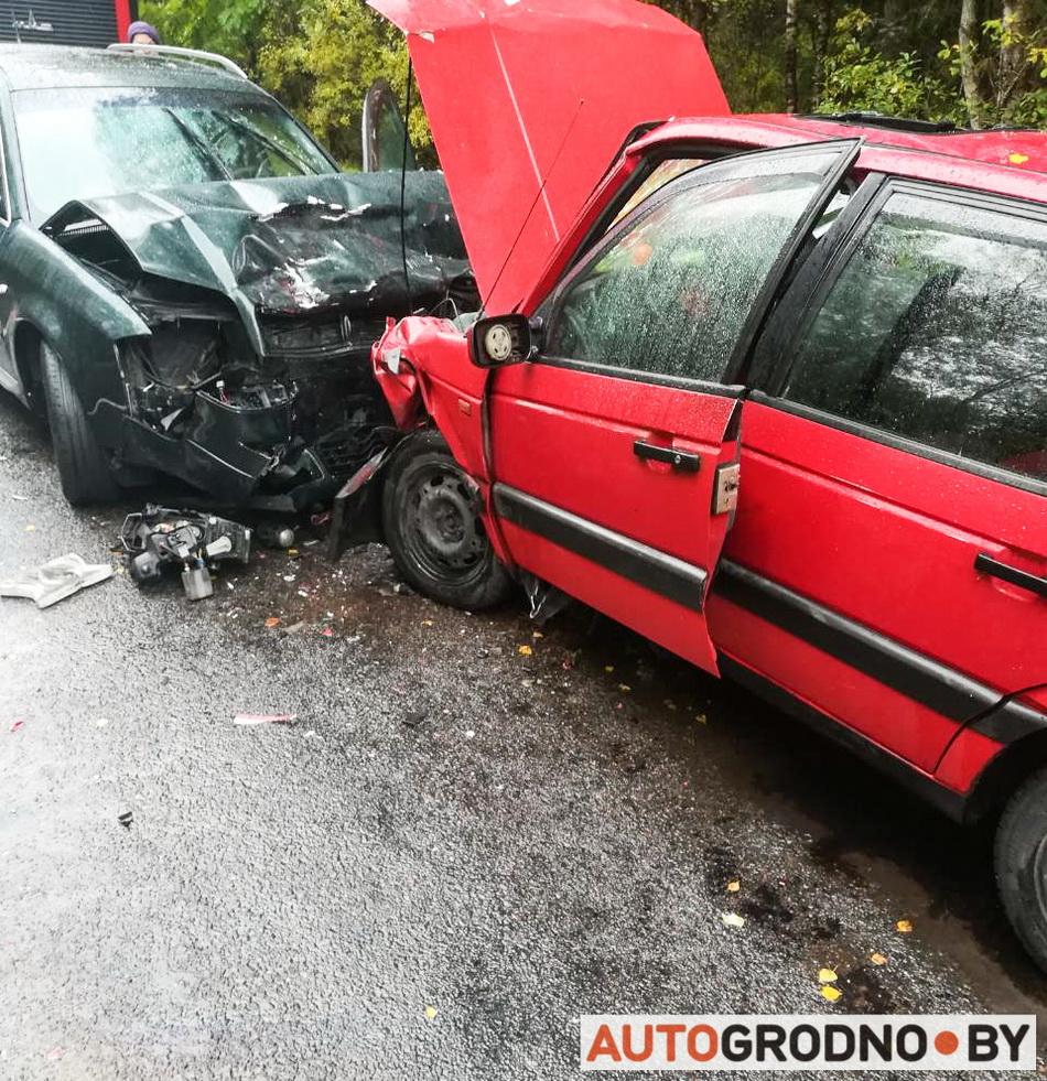 Лобовая авария возле Пореья