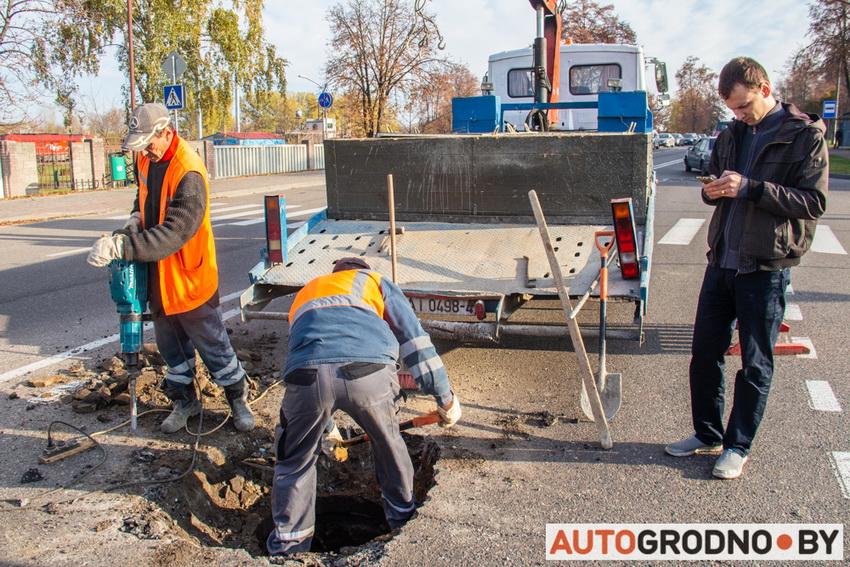 Как разместить заявку на 115.бел. Парень из Гродно ремонтирует ямы на дорогах