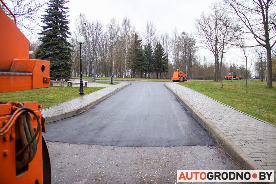Ремонт дорог в Коложском парке в Гродно