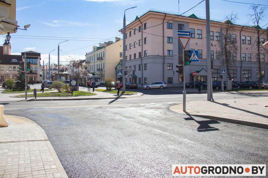 В Гродно укладывают прорезиненный асфальт. Для чего резина в асфальте?