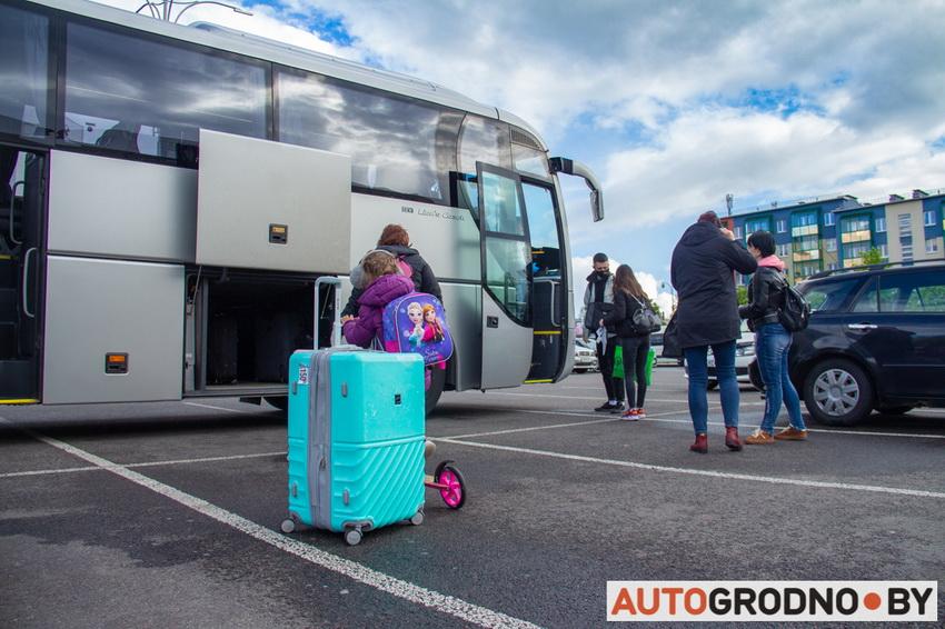 Автобус из Гродно в Белосток и Варшаву. Как уехать в Польшу и вернуть в Беларусь