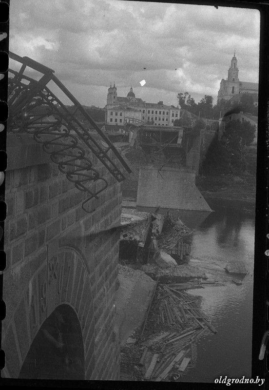 Взорванный автодорожный мост. 1944 год