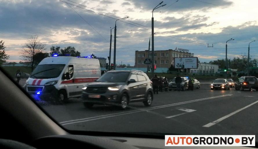 Авария ДТП с мотоциклом в Гродно на Купалы 4 мая 2020