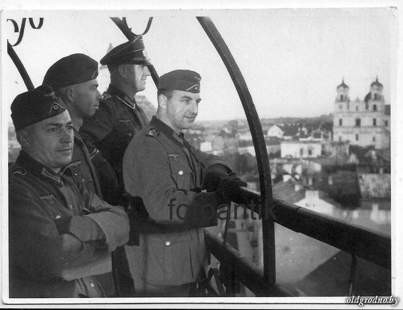Немцы на пожарной каланче. 1941 год