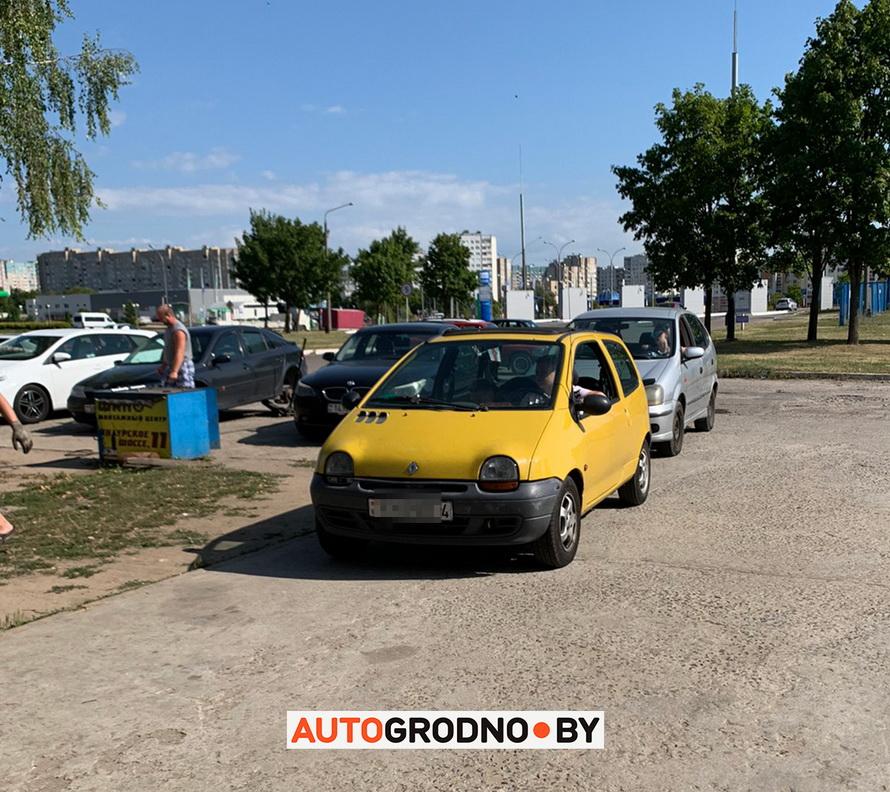 В Гродно на СТО Хантер бесплатно меняют автомобильные сигналы