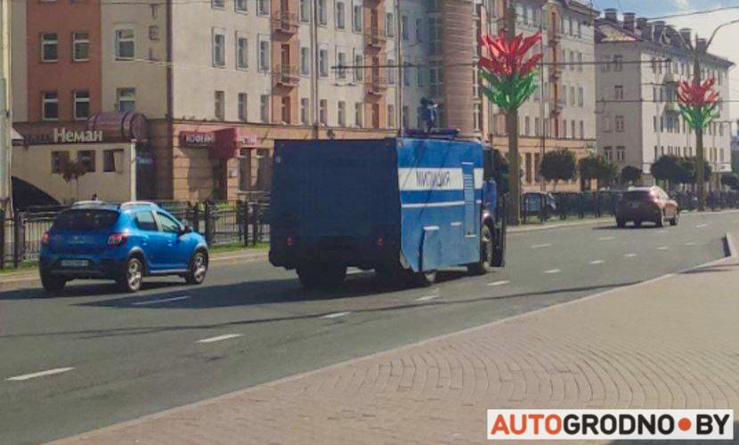 Водомет милиции в Гродно - МАЗ Цунами
