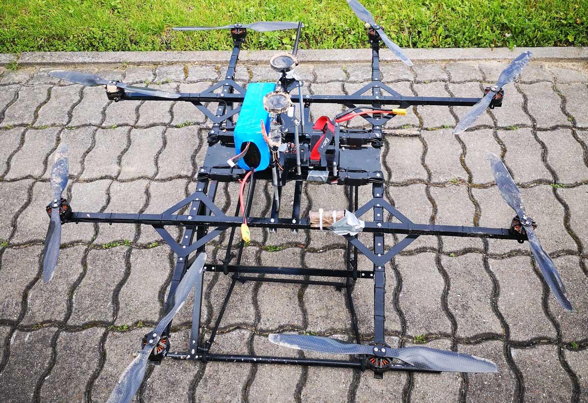 0521 dronas1 54049