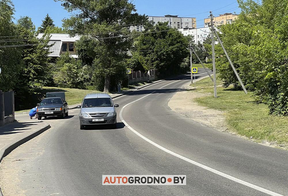 Лежачий полицейский на улице Калиновского в Гродно
