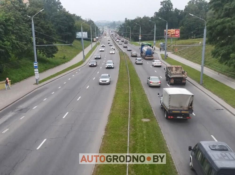 Пробки на Румлевском мосту в Гродно